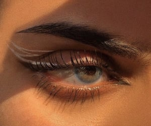 makeup, aesthetic, and eyes image