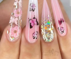 nail inspo and besowave image