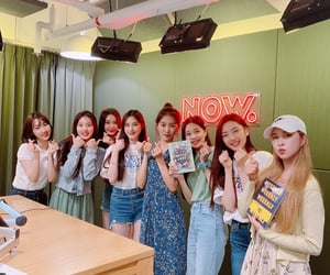 kpop, monday, and jiyoon image
