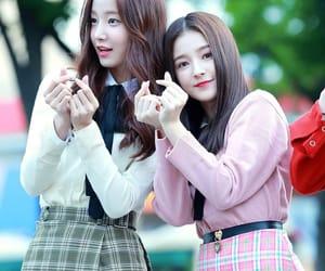 Nancy, momoland, and yeonwoo image