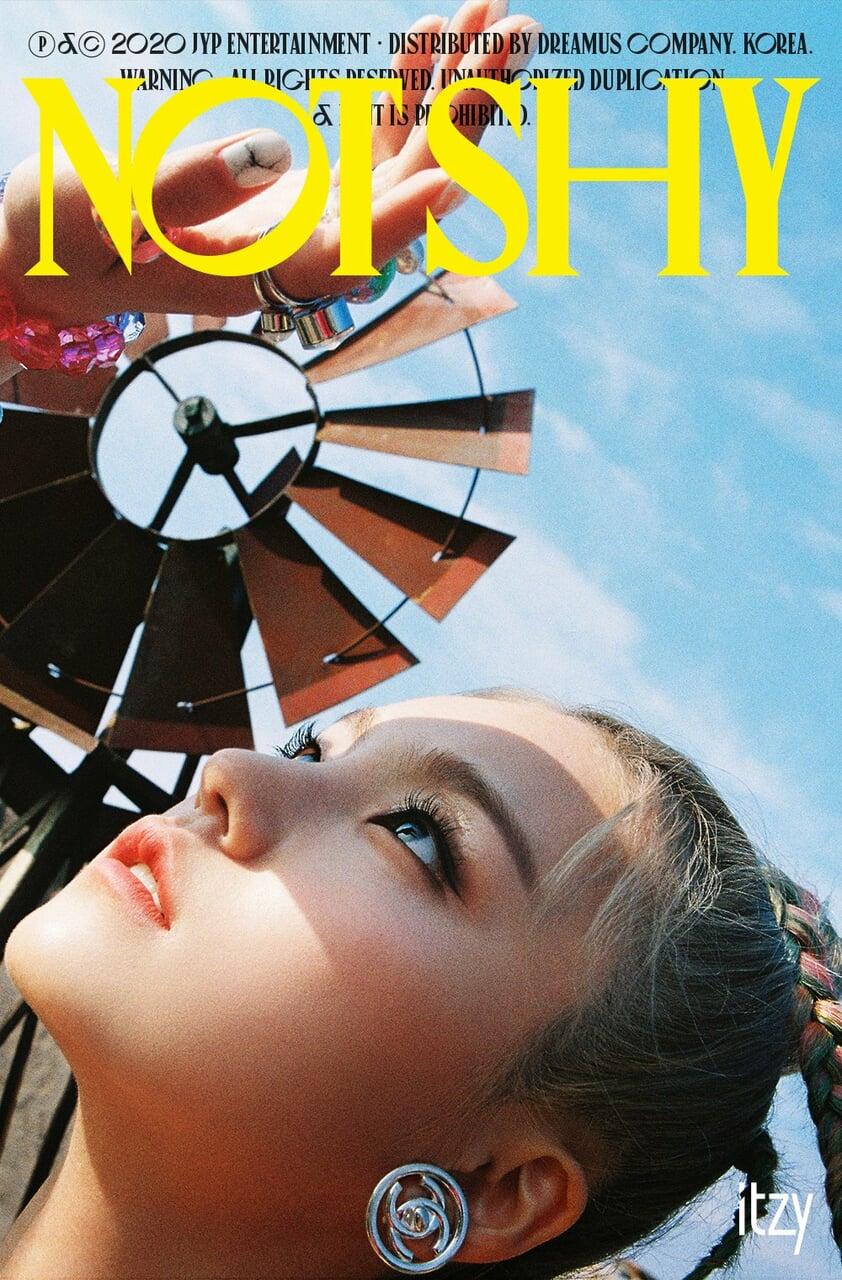 korean, kpop, and yeji image