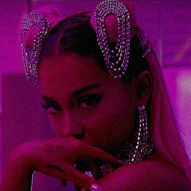 ariana grande, 7 rings, and pink image