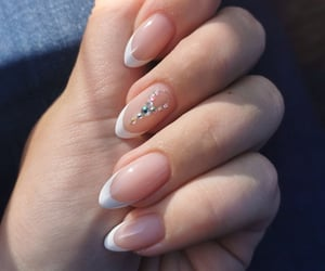 fresh, girl things, and simple nails image