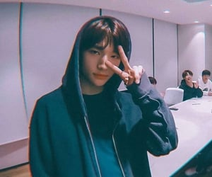 hyunjin, stray kids, and 스트레이키즈 image