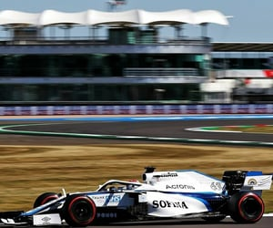 williams racing and george russell image