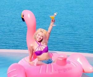 blue, pink, and dj hyo image