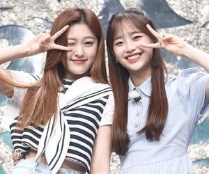 kpop, chuu, and loona image