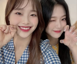 icons, loona icons, and lesbians image