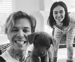 jesse rutherford, couple, and the neighbourhood image