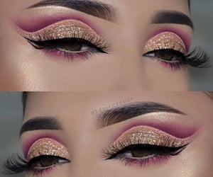 Cool eye makeup art...........✨