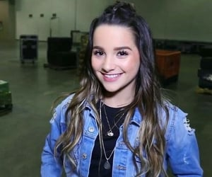 2017, annie leblanc, and rock your hair image