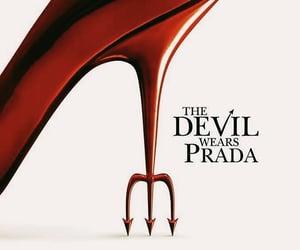 Anne Hathaway, the devil wears prada, and movie image