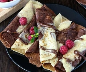 sweet, crepe, pancakes and food - image #7179260 on Favim.com