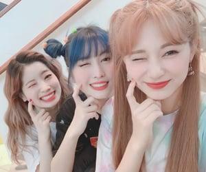 - dahyun,momo,and tzuyu