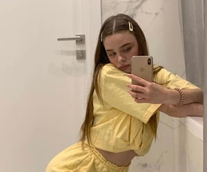 cute girls, female icons, and mirror selfie image