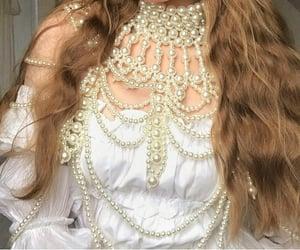 aesthetic, girl, and jewelry image