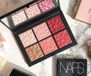 blush, brand, and highlighter image
