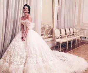 princess wedding dress, vestido de novia, and wedding dresses for bride image