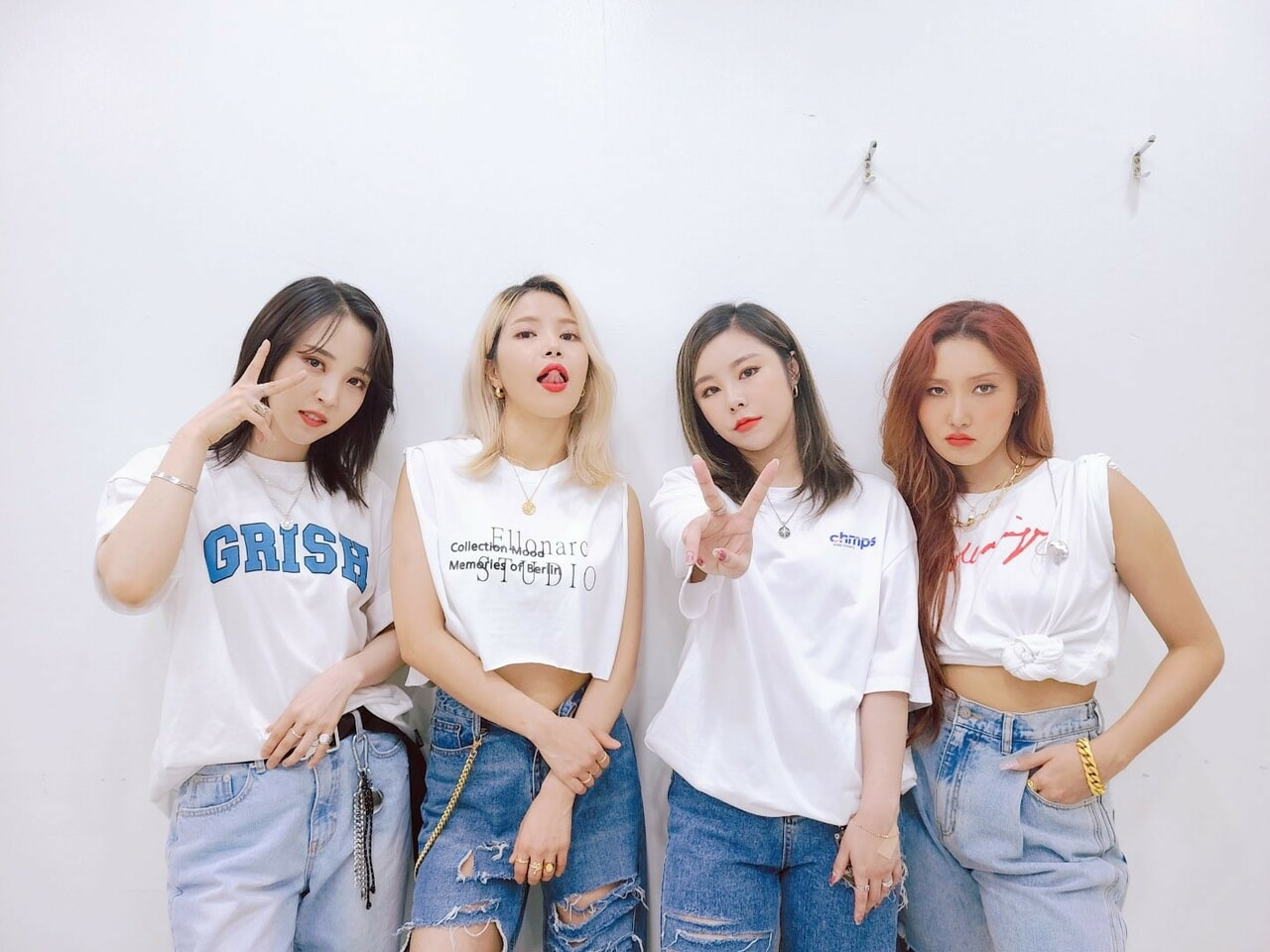 article, kpop, and queens image