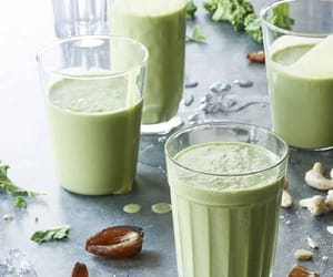 Green smoothies with 3 Recipes