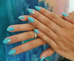 Sparkly turquoise nails to cheer up after summer holiday