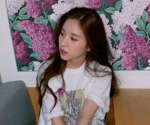 heejin, loona, and jeon heejin image