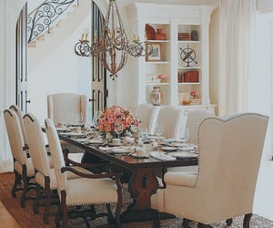 Victoriano dining room