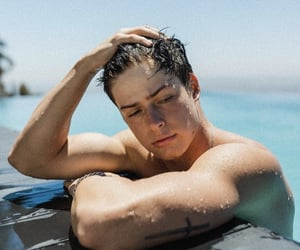 boyfriend, Hot, and gains image
