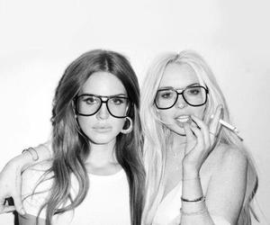 lana del rey, lindsay lohan, and black and white image