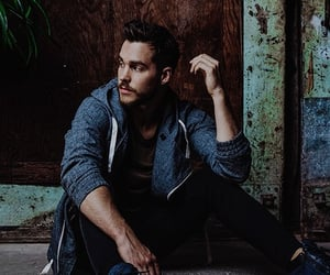 Supergirl, the carrie diaries, and chris wood image