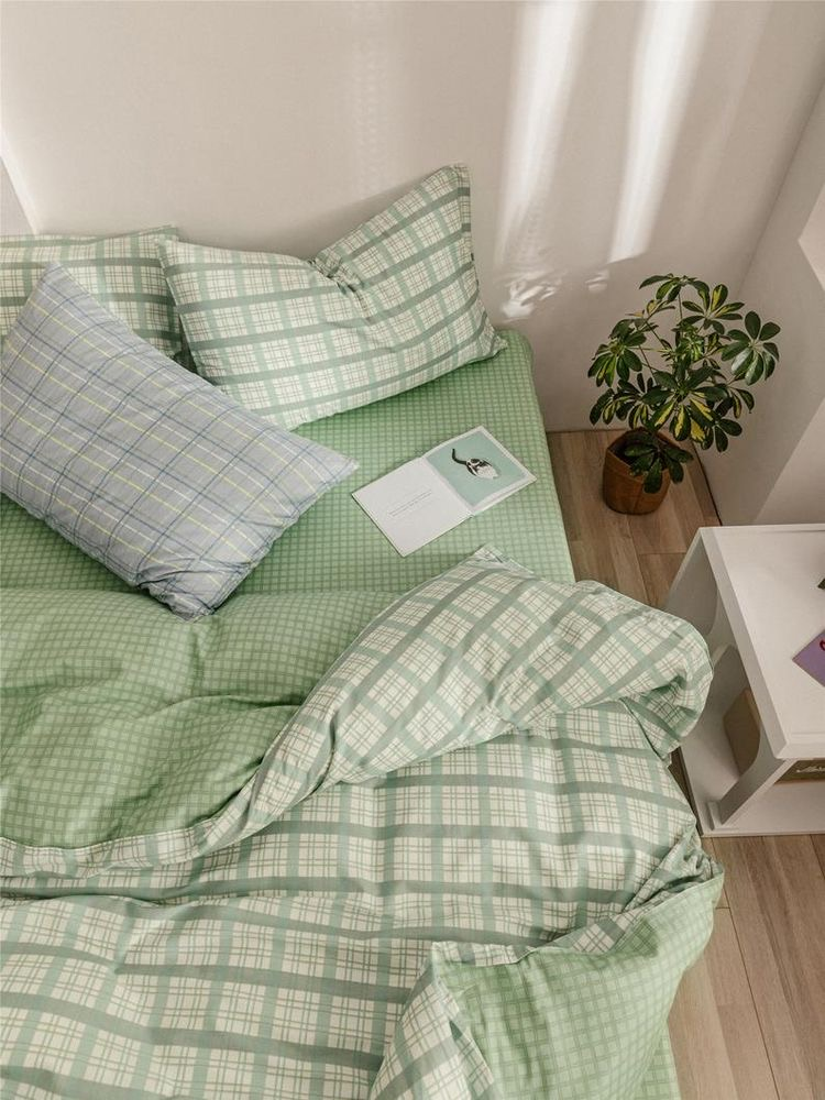 green, bed, and aesthetic image