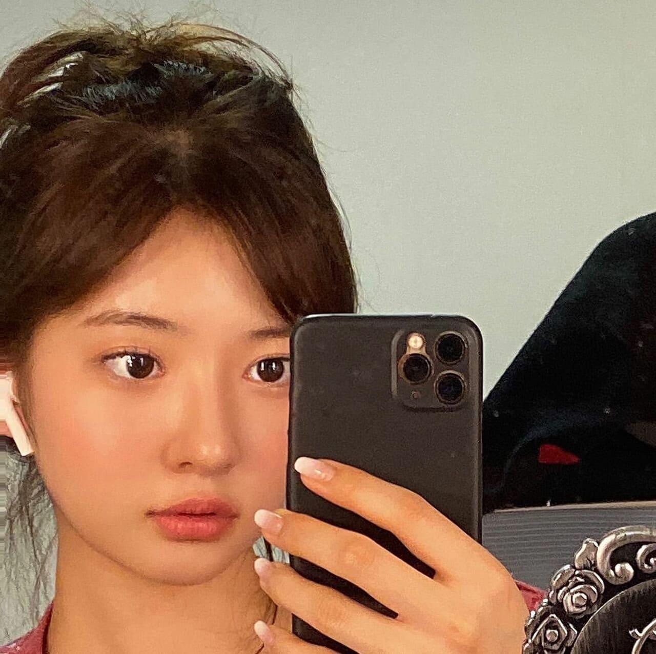 article, girl group, and korean girls image