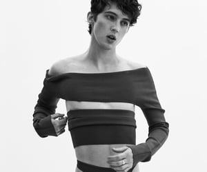 black and white, photo, and troye sivan image