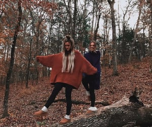 autumn, besties, and comfy image