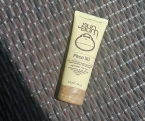 sun, sunscreen, and bloqueador image
