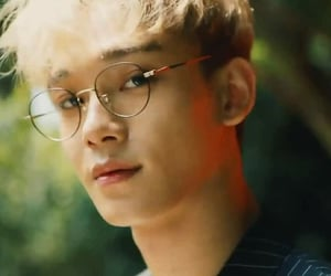 Chen, exo, and exo cbx image