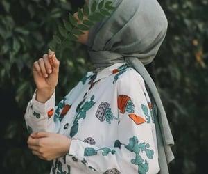 ﺭﻣﺰﻳﺎﺕ, بُنَاتّ, and محجبات image