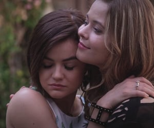 pretty little liars, alison dilaurentis, and aria montgomery image
