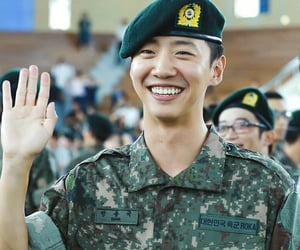 soldier, bang yongguk, and ımissyou image