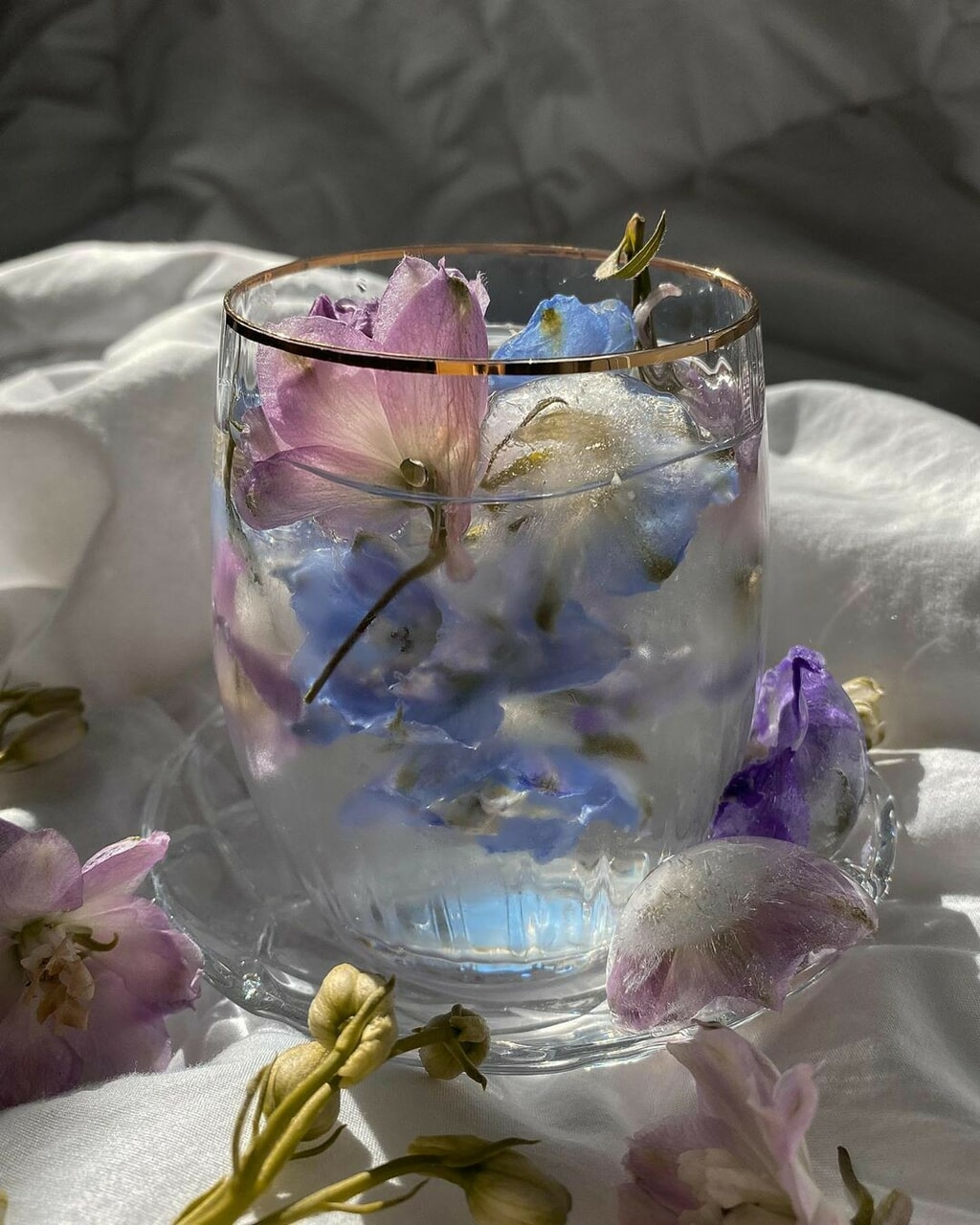 Image de aesthetic, drink, and flowers