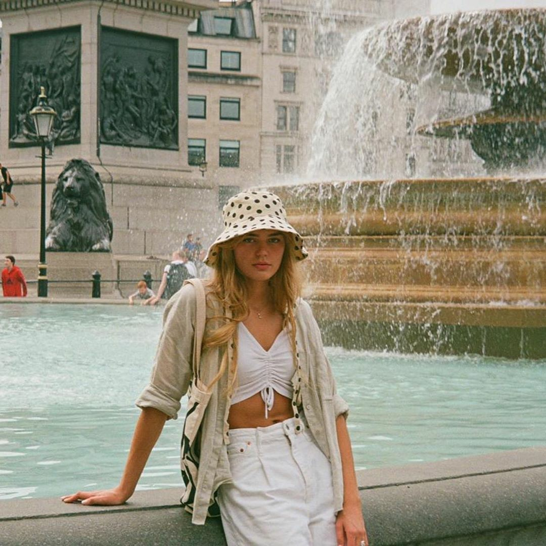 casual, city girl, and fashion image