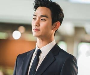 kim soo hyun, it's okay to not be okay, and seo ye ji image