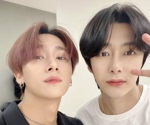 kpop, selca, and hyungwon image