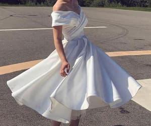 dresses, prom dress, and formal dresses image