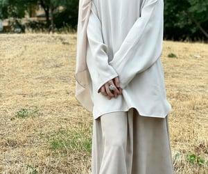hijab, hijabi fashion, and hijabspiration image