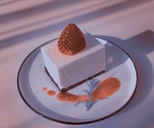 cake and strawberries image
