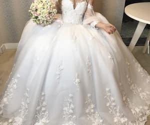 robe de mariée, wedding ball gown, and off white wedding dress image