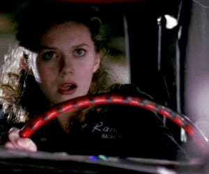 gif, Hilarie Burton, and one tree hill image