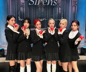 girl group, kpop, and yuju image