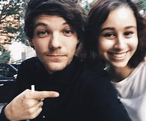 louis tomlinson, 1d with fans, and hq one direction image